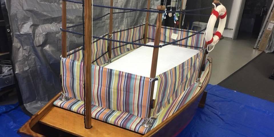 Segelboot-Kinderbett